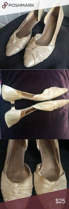 ALDO💥Gold Metallic Flat Shoes Excellent condition Not broken in yet  Size: 9 Aldo Shoes Heels