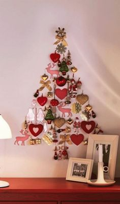 Christmas Trees From Upcycled Toys DIY