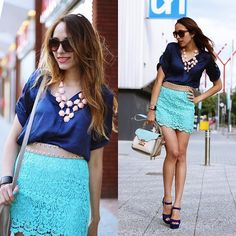 This outfit is killer. I love that its gpt navy and turq mixed together. Who'd da thunk but its Ace. Zara Lace Skirt.