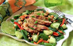 Thai-Style Spinach Salad with Grilled Chicken and Spicy Peanut Dressing