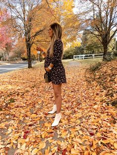 Living My Best Style – Fashion + Lifestyle with Katy Roach Fall Fashion Outfits, Fall Winter Outfits, Autumn Fashion, Style Fashion, Cheetah Clothes, Cheetah Dress, Pregnancy Looks, Pregnancy Outfits, Maternity Fashion
