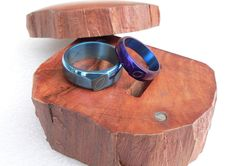 Set of titanium wedding rings