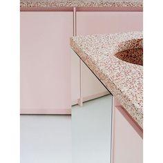 #kitchendesign #granito #terracotta #atelierdialect Terrazzo, Encaustic Tile, Colorful Wallpaper, Layout Design, Design Ideas, Restaurant Design, Interior Design Kitchen, Kitchen And Bath, Interior Inspiration