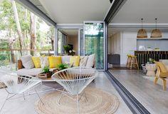 indoor/outdoor living | Avoca Beach House – Architecture Saville Isaacs Pty Ltd