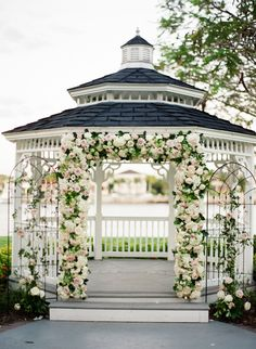 Gorgeous wedding ceremony idea - This garden chic Florida wedding is complete with the prettiest details for the perfect romantic wedding. See the photos captured by Justin DeMutiis. Wedding Ceremony Ideas, Gazebo Wedding Decorations, Outdoor Wedding Gazebo, Backdrop Wedding, Wedding Backyard, Wedding Poses, Outdoor Ceremony, Gazebos, Backyard Gazebo