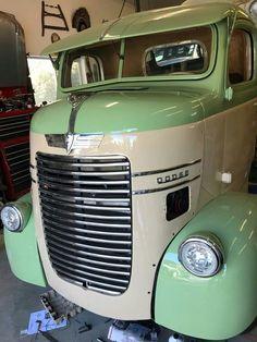 old pickup trucks Old Dodge Trucks, Old Pickup Trucks, Lifted Trucks, Pickup Camper, Dually Trucks, Antique Trucks, Vintage Trucks, Cool Trucks, Big Trucks
