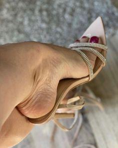Cool High Heels, Beautiful High Heels, High Heels Stilettos, Stiletto Heels, Strappy Shoes, Ankle Strap Heels, Hot Heels, Sexy Heels, Funny Shoes