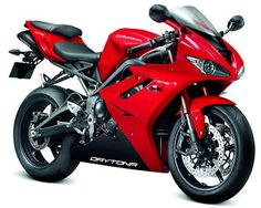Triumph 675 Daytona...now this one is my baby's baby ❤️