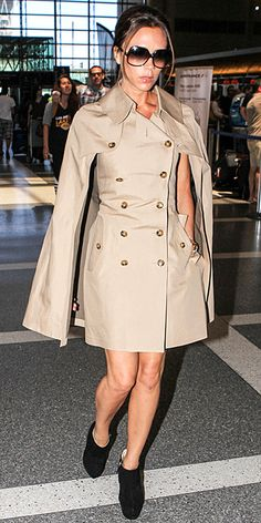 A similar Burberry cape and dress combi joined the wardrobe today! Welcome, home!