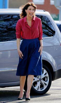 Ladies and gentlemen, the world's most stylish woman according to Vanity Fair. Hmmm...