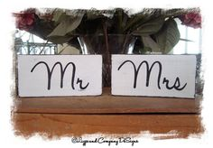 MR and MRS SiGnS  MiNi SiGnS  WeDDiNG PRoP  by lizzieandcompany