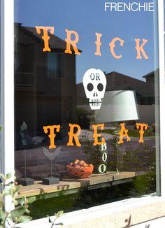 Halloween Cricut Window Cling on frenchiewraps.com @cricut