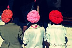 Turban is used in many parts of India. In India, Turban is not a symbol of fashion,but it has a lot of significance in the lives of Indians.The turbans of Rajasthan are the most colourful and impressive in whole of the India. The use of turbans was basically started by the Rajput community, who reside in the Indian state of Rajasthan. They used to wear different types of turbans and the Hindi pronunciation of turban is Paag, Safa or Pagri. Once you experience the royal culture of Rajasthan,