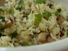 אורז אפוי עם פטריות ועשבי תיבול / צילום : ניקי ב
