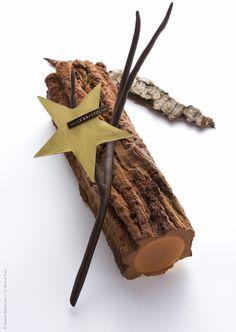 Une bûche de Noël à écorce : la bûche de Laurent Jeannin du Bristol Paris
