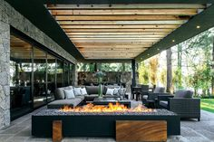 The most amazing luxury homes ever: brilliant architecture and brilliant interior design project Outdoor Rooms, Outdoor Living, Outdoor Decor, Outdoor Ideas, Home Deco, Exterior Design, Future House, Interior Architecture, Luxury Homes