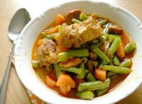 Guláš se zelenými fazolkami Thai Red Curry, Ethnic Recipes, Food, Essen, Yemek, Meals