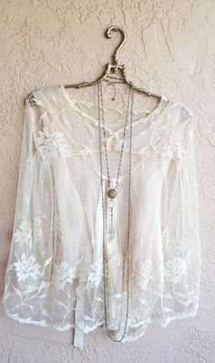1930s Tambour Lace top with silk and ribbon lining