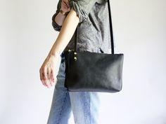 Hermes Vintage Courcheval Leather Balle de Golf Shoulder Bag ...