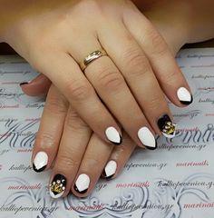 #nails #nailart #blackandwhite #queennails #beautymakesyouhappy