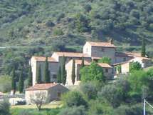Vacation Apartments, Villas, Tuscany, Multi Story Building, Italy, Homes, Book, Holiday, Houses
