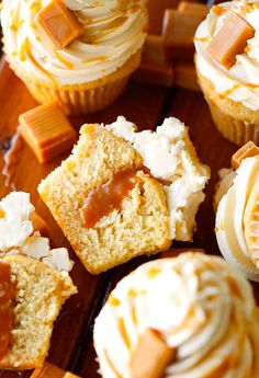 The Best Salted Caramel Cupcakes Cupcake Recipes, Cupcake Cakes, Dessert Recipes, Desserts, Buttercream Cupcakes, Yummy Treats, Sweet Treats, Salted Caramel Cupcakes, Muffins