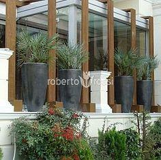 Anthracite ceramic pots Ceramic Pots, Plant Growth, Environment, Bloom, Plants, Design, Ceramic Jars, Plant