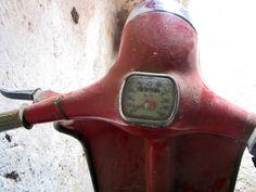 Agrati Garelli Capri 50cc restoration #orestesrestorations #bestrestorer #vintage #vintagelovers #caprirestoration #caprimotorcycle #motorcyclerestoration #classicscooter #garellicapri 50cc, Restoration, Capri, Motorcycle, Scooters, Classic, Vintage, Vehicles, Derby