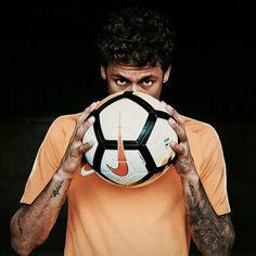 Image in Neymar collection by Valentin Knowles Neymar Football, Messi And Neymar, Sport Football, Football Players, Soccer Hair, Boyfriend Pictures, Football Wallpaper, Best Player, Fine Men