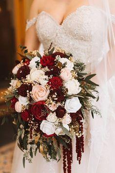 Christmas Wedding Bouquets, Red Bouquet Wedding, Winter Wedding Flowers, Floral Wedding, Fall Wedding, Wedding Colors, Cascading Wedding Bouquets, Burgundy Wedding Flowers, Wedding Ideas