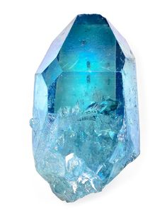 Aqua Aura quartz are clear/cloudy crystals which have bee enhanced with pure gold; the molecules of pure gold adhere to the natural electric charge which surrounds the quartz crystal, and are not removed by rubbing or by scraping. Minerals And Gemstones, Crystals Minerals, Rocks And Minerals, Stones And Crystals, Gem Stones, Aqua Aura Quartz, Mineral Stone, Rocks And Gems, Reiki Meditation