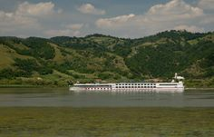 Krstarenje Dunavom, Đerdap, Istočna Srbija.