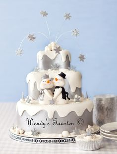 Google Image Result for http://cdn.cakecentral.com/6/68/900x900px-LL-68044b45_gallery657261326540067.jpeg