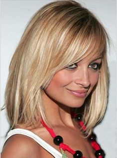Google Image Result for http://static.becomegorgeous.com/img/arts/2010/Oct/20/2994//nicole_richie_2005_4.jpg