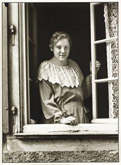 """""""Kleinstädterin"""", 1927, photo: August Sander (1876-1964)"""