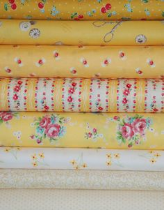 Mello Yellow fat quarter bundle low volume white butter yellow quilt fabric