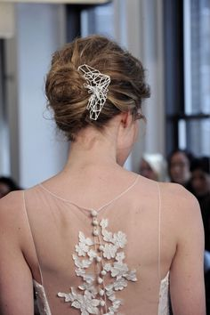 Geometric bridal hairpiece from Sarah Loertsche #geometric #hairpiece #wedding