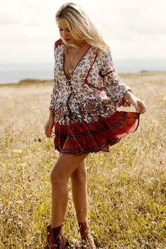 Tie Blouse, Blouse And Skirt, Long Blouse, Summer Skirts, Mini Skirts, Mini Dresses, Summer Dresses, Bohemian Blouses, Boho Style Dresses