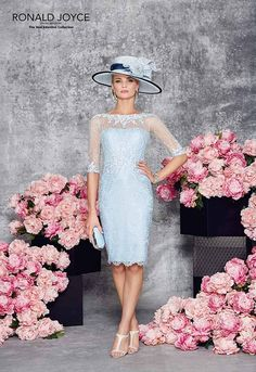 New Ronald Joyce 991077 from their new Spring Summer 2016 collection. This is a … New Ronald Joyce 991077 from their new Spring Summer 2016 collection. This is a stylish Mother of the Bride and occasion dress in Aqua complete with jacket. Mother Of Bride Outfits, Mother Of Groom Dresses, Mothers Dresses, Mother Of The Bride Hats, Mom Dress, Lace Dress, Chiffon Dresses, Pretty Dresses, Beautiful Dresses