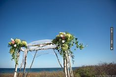 Sweet - beautiful altar for a ceremony by the sea | CHECK OUT MORE IDEAS AT WEDDINGPINS.NET | #weddings #weddingceremony #weddingthemes #events #forweddings #iloveweddings #romance #ceremonyideas #planners #eventplanning #ceremonyphotos #weddingphotos #weddingpictures