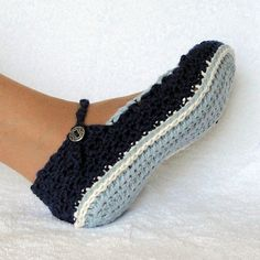 Slippers Crochet Pattern Skinny Flats 4 sizes Emailed PDF 21
