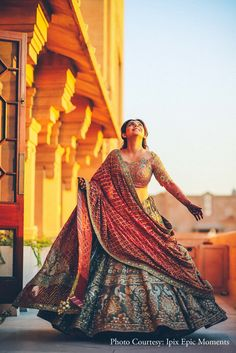 Every bride wants a luxurious and haldi function in her wedding. Thanks to our big fat Indian weddings but what about that bulky… Indian Bridal Lehenga, Indian Bridal Outfits, Indian Bridal Fashion, Indian Bridal Wear, Indian Fashion Dresses, Dress Indian Style, Indian Designer Outfits, Indian Wear, Mehendi Outfits