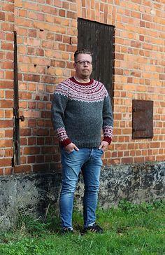 Ravelry: Galdhöpiggen pattern by Erika Guselius Norwegian Knitting, Sweater Patterns, Erika, Ravelry, Wool, Live, Children, Classic, Fitness