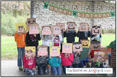 Use post-it notes to create your own IRL Minecraft skins. 31 DIY Birthday Party Ideas That Will Blow Your Minecraft 9th Birthday Parties, Minecraft Birthday Party, Diy Birthday, Birthday Ideas, 11th Birthday, Kid Parties, Minecraft Party Activities, Minecraft Crafts, Minecraft Classroom
