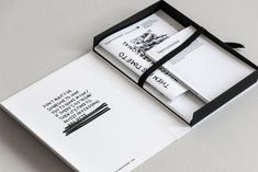 36 ideas book binding styles editorial design for 2019 Portfolio Design, Book Portfolio, Portfolio Layout, Makeup Portfolio, Tattoo Portfolio, Portfolio Ideas, Artist Portfolio, Creative Portfolio, Personal Portfolio