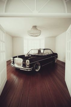 Mercedes W114 Coupe