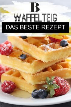 Waffelteig – das beste Rezept Waffle batter – the best recipe. Waffles always taste good! Served with fresh cream and fruit, they are simply delicious. Here you can find out what makes a really good waffle batter! Easy Vanilla Cake Recipe, Chocolate Cake Recipe Easy, Homemade Vanilla, Homemade Chocolate, Easy Cookie Recipes, Waffle Recipes, Gourmet Recipes, Cake Recipes, Best Pancake Recipe