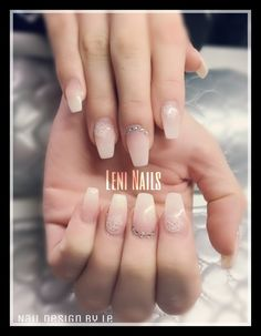 Baby Boomer #natural #nails #naildesign #nailart #polish #nailpolish #nude #glitter #stones #falsnails #nd24
