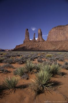 Monument Valley Arizona, USA  This bute is called 3 sisters...