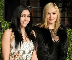 Madonna and Lourdes by http://www.wikilove.com